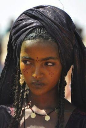 Afrikan Gypsy Woman 2